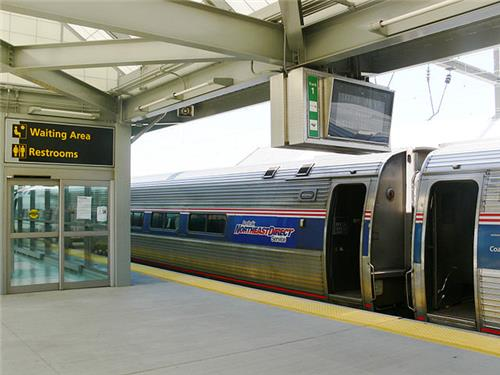 Newark_Airport_train_station